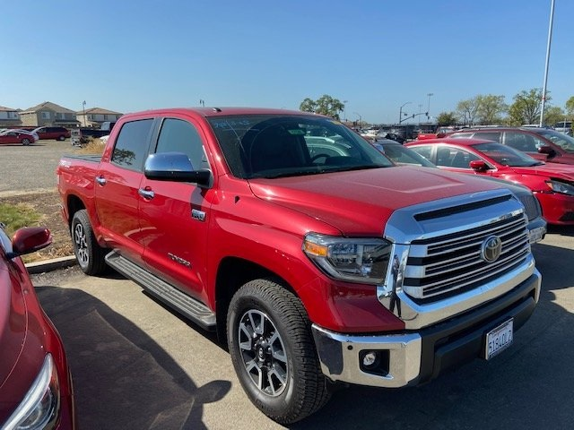 Pre-Owned 2018 Toyota Tundra Limited