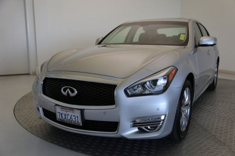 Certified Pre-Owned 2015 INFINITI Q70 3.7