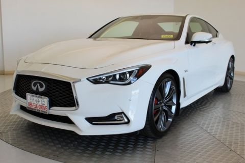 Pre-Owned 2018 INFINITI Q60 Red Sport 400